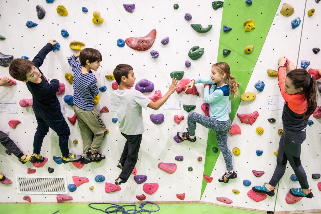 Escalade enfant vacances scolaires Toussaint activités sport indoor